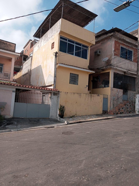Alugo Casa Duplex no Centenário